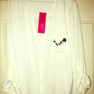 🆕Six Degrees Woman white blouse SizeXL Sold as is